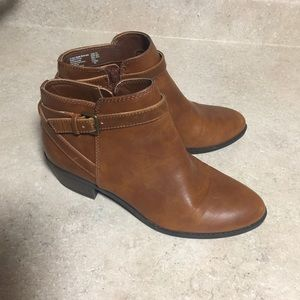 American Eagle booties size 7.5